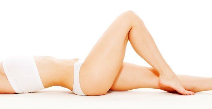 model posing showing lower body
